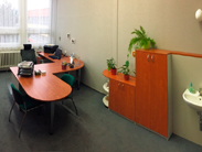 Praktické a jednoduché vybavení ředitelny či kanceláře