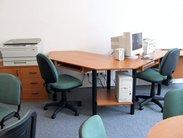 Počítačový stolek pro 2 vyrobíme dle vašich požadavků