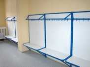 Pevné a robustní věšákové stěny jsou do školních šaten ty nejlepší
